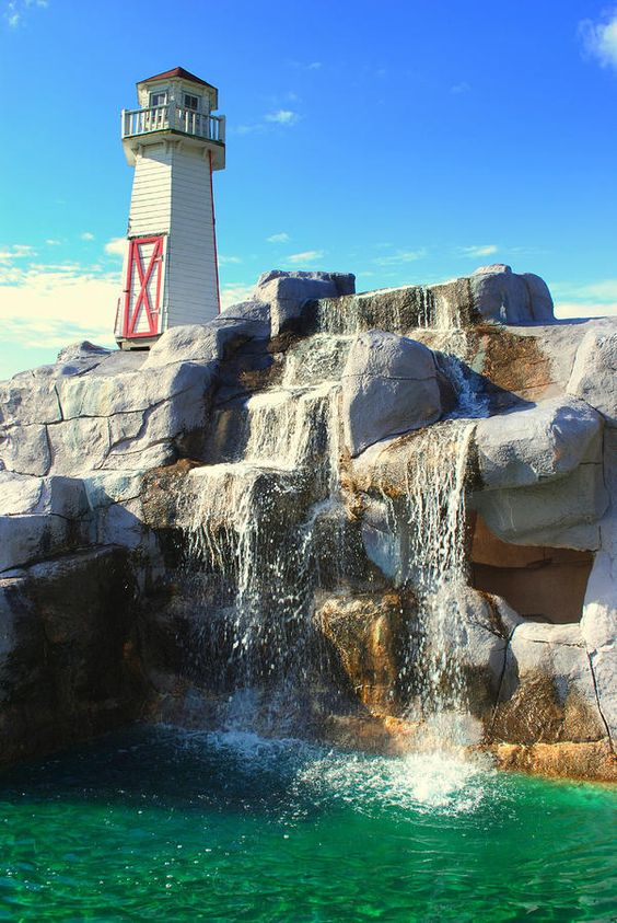 Lighthouse Waterfall - Cleveland, OH Love this!  Wouldn't mind spending the weekend here.