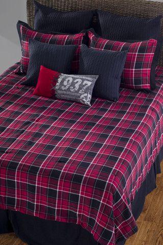 Alaska Red Queen Size Comforter Bed Set