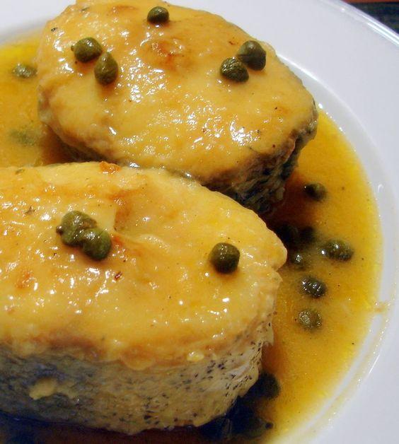 Mero en salsa de Alcaparras :http://www.recetasjudias.com/mero-en-salsa-de-alcaparras/