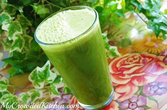 The Hulkster, meet one of our favorite juice recipes packed full of spinach, kale, apples, oranges  pears.