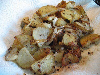 Fried Potatoes Recipe - Amanda's Cookin'