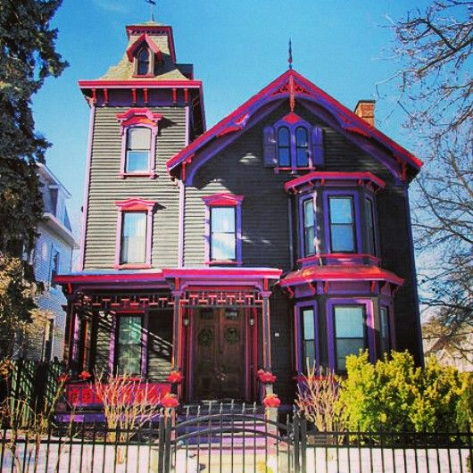 K Pok House Sute Architect: Victorian House With Pink Trims. In Poughkeepsie, New York