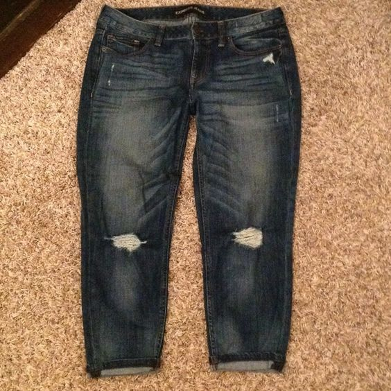 Express jeans Tapered, boyfriend fit, cropped jeans. Destroyed ...