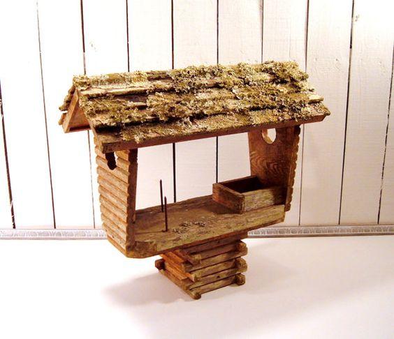 Cedar Squirrel Feeder, Vintage Lichen Covered Squirrel Feeder, Repurposed Home Decor, Garden Decor, Cottage Decor, Woodland Decor, Wildlife Feeder