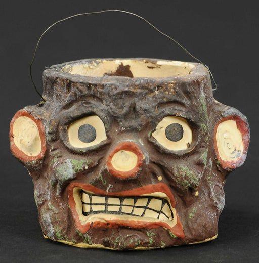Vintage Halloween Auctions 2020 For Auction: TREE STUMP HALLOWEEN LANTERN (#1480) on Nov 13, 2020