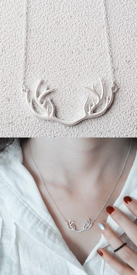Solid Color Antler Shape Pendant Necklace