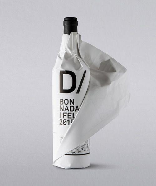 wine | regalo auto-promocional creado para las pasadas Navidades por la agencia BLOCD y D/PACK