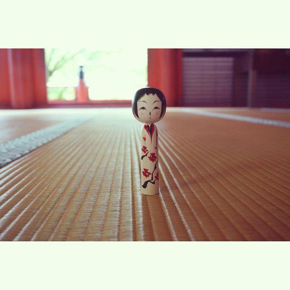 今日も暑かった… その上強風で、みなとみらいは歩行困難でした #HuntgramJapan #Huntgram #ig_nihon #icu_japan #kokeshi #こけし #wu_japan #ig_japan #loves_japan #jp_views #kokeshidoll #japan #Shrine #woodentoy #thisisjapan #wow_nihon #奈良 #colormehappy #佐藤康広 #旅するこけし