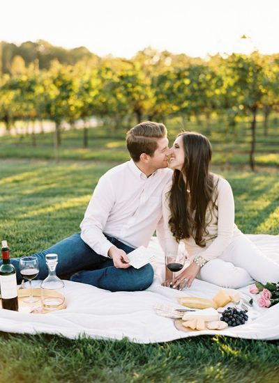 vineyard engagement photos Archives - Southern Weddings