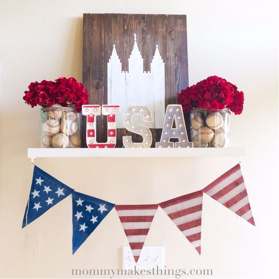 Must make this darling 4th of July Marquee Love mantel by Mommy Makes Things!: