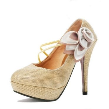 Lovely Round Closed Toe Flowers Embellished Stiletto High Heels Golden Lace Mary Jane Pumps