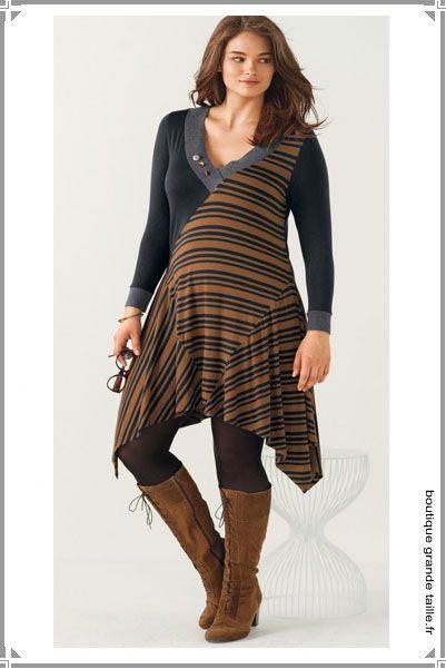 tunique longue asym trique unie et rayures se porte aussi en robe avec des bottes hautes en. Black Bedroom Furniture Sets. Home Design Ideas