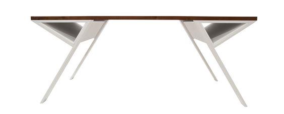 Design Schreibtisch Yola im Profil. #blackwalnut #massivholz #tischaufmaß