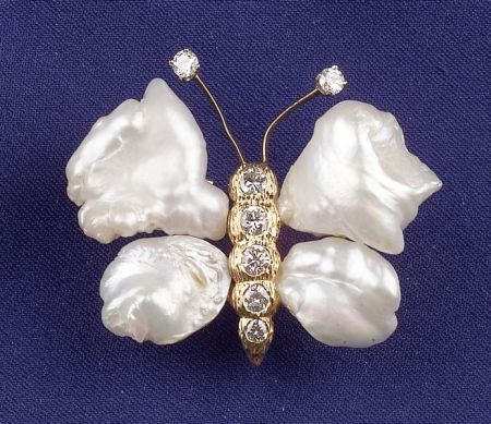 14kt Gold, Freshwater Pearl and Diamond Butterfly Pin, Ruser: