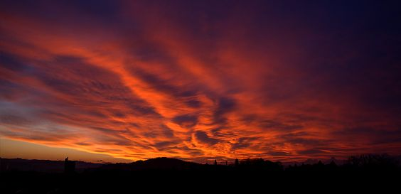 Der Himmel brennt © Ursus Fotogallery
