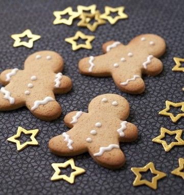 Photo de la recette : Biscuits bonshommes de Noël en pain d'épices