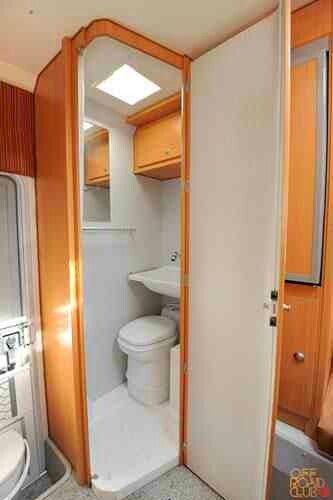 Camper In A Pick Up Truck Interiores De Caravanas Casa