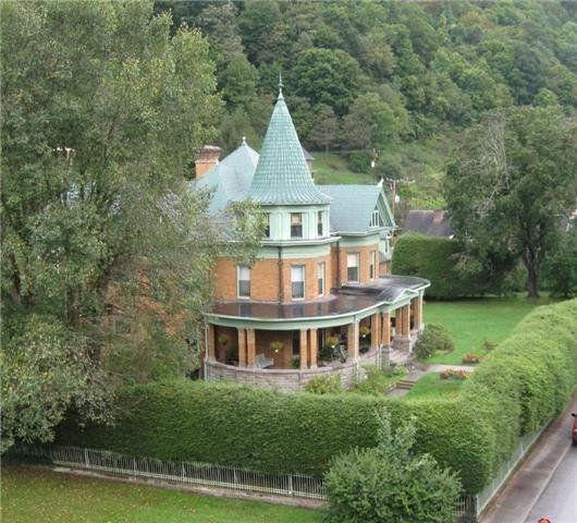 Bramwell wv historic homes bramwell wv pinterest for Home builders in wv