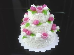 Nice White Wedding Cake Dollhouse Miniatures Food Barbie    White Wedding Cake Dollhouse Miniatures Food Barbie  Price : 7.5  Ends on : 2015-01-07 03:26:02   View on eBay  [ad_1] [ad_2]... http://showbizlikes.com/white-wedding-cake-dollhouse-miniatures-food-barbie/