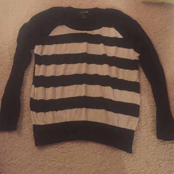 Forever 21 black and white striped sweater Black and white horizontal stripes, sweater, long sleeve Forever 21 Tops