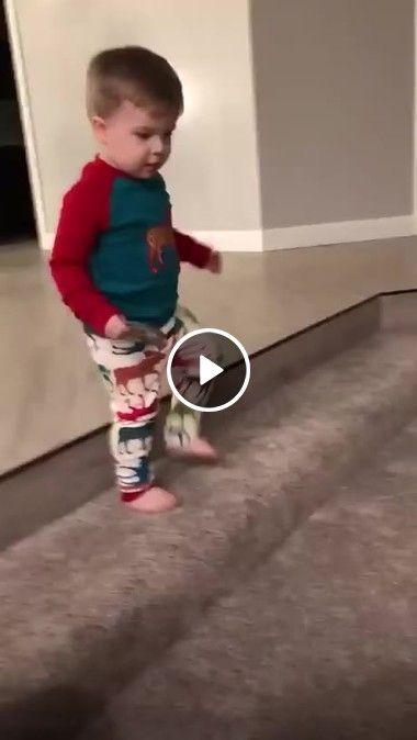Delicia de presente surpreende criança!