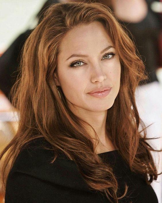 Angelina Jolie makeup 50+ best outfits #makeup #anjelinajolie