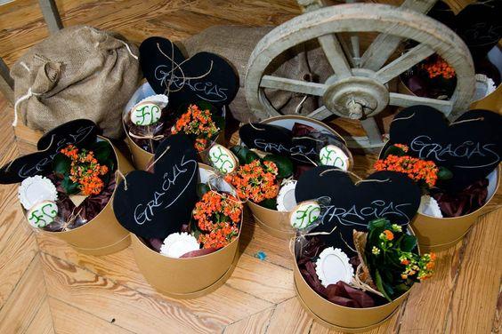 Ideas para regalar a las futuras damas de honor de la boda: Un kit de agradecimiento
