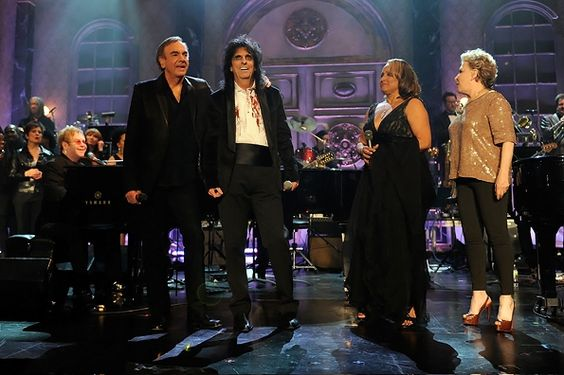 Rock and Roll Hall of Fame  Neil Diamond, Alice Cooper, Darlene Love and Bette Midler perform during the 26th Annual Rock and Roll Hall of Fame Induction Ceremony at the Waldorf-Astoria in New York on March 14th, 2011.