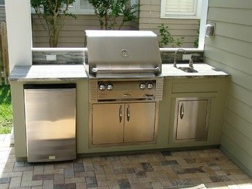 Small outdoor kitchens design ideas pictures remodel and for Traditional outdoor kitchen designs