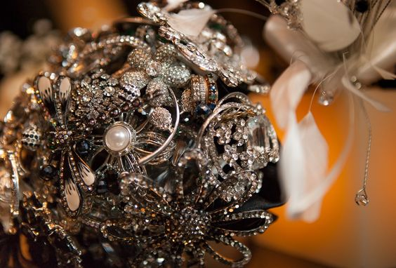 Incorporate heirloom jewelry into your bouquet. Look closely, grandmothers rings are a wonderful addition to this custom bouquet; a very special touch. WEDDING BOUQUET $ 550 CAD