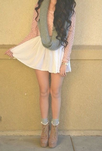 Girly skirt with infinity scarf