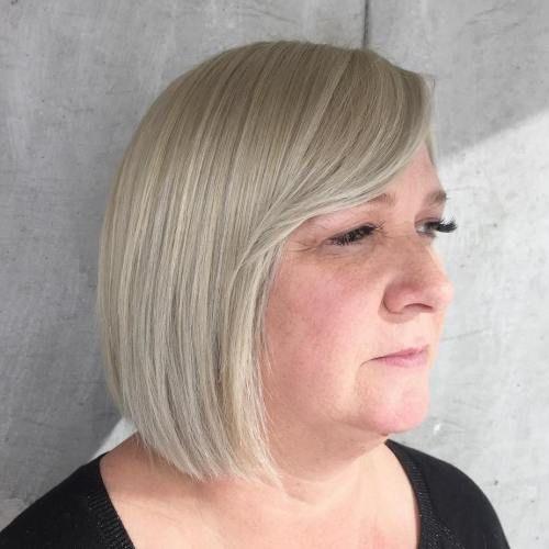 Platinum Blonde Bob For Older Women In 2019 Short Hair
