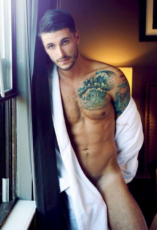 Hairy back nude guy #4