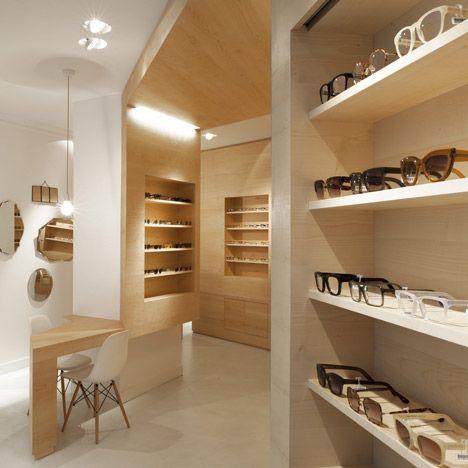 Iluminación tiendas. La Galerie de Lunettes by Dumazer & Lafallisse Architectes