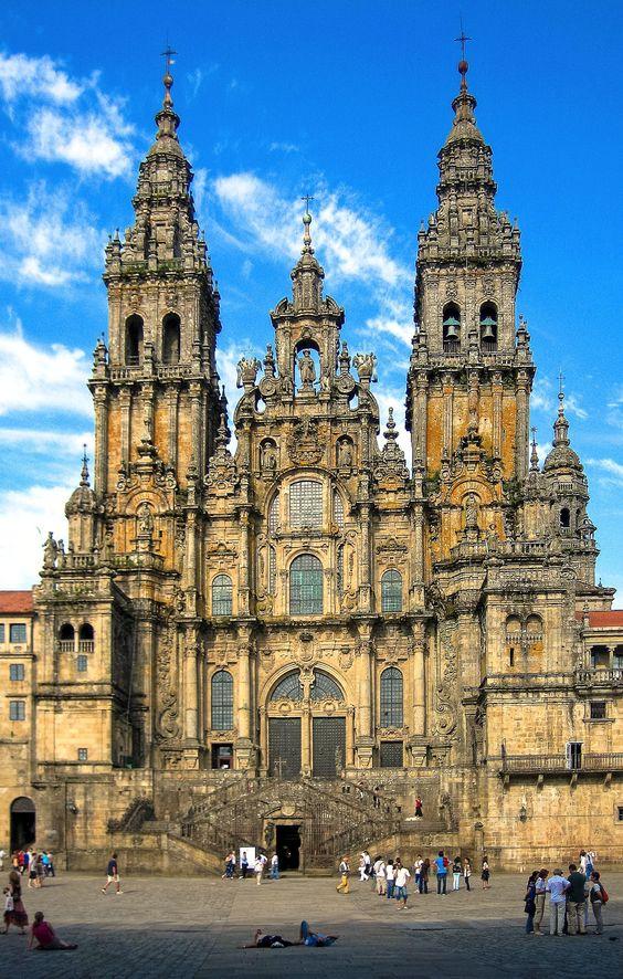 9 Cities You Must Visit In Spain! in Barcelona, Cordoba, Europe, Granada, Madrid, Salamanca, Santiago de Compostela, Seville, Spain, Toledo, Valencia | Travel | Hand Luggage Only