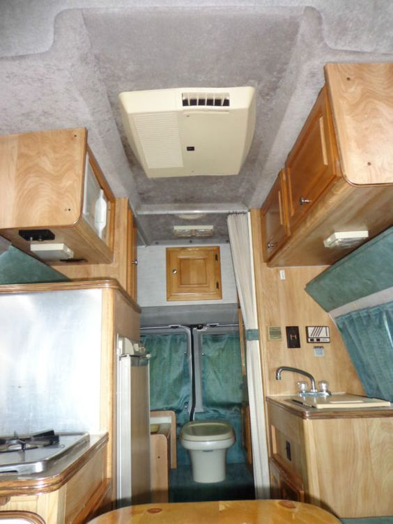 1993 gulf stream sun sport class b motorhome comes with champion generator in rvs campers. Black Bedroom Furniture Sets. Home Design Ideas