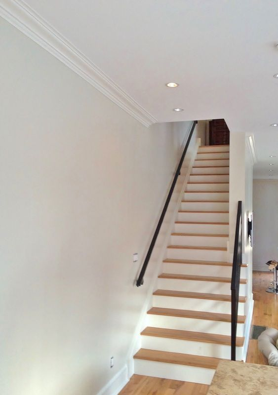 Crown Moulding Stairwell Google Search Crown Molding Stairs Stairwell