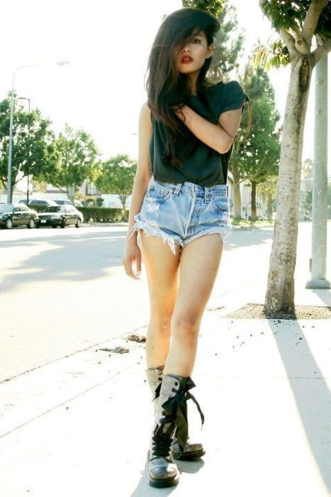 combat boots and shorts :) | Women's Fashion | Pinterest | Cas ...