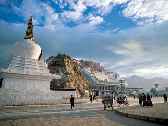 Potala Palace, Lhasa, Tibet, by Rob Howard