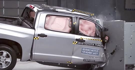 Iihs Pickup Trucks Skimp On Passenger Side Safety Pickup Trucks