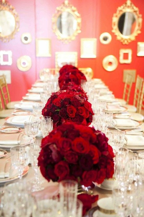 Red Wedding Tablescapes