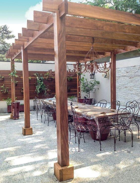 Lugar de reunir a familia,  amigos e possível reunião ao ar livre e sofisticado!