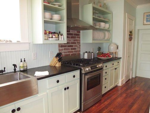 Brick kitchen backsplash ideas design in the kitchen for Galley kitchen backsplash ideas