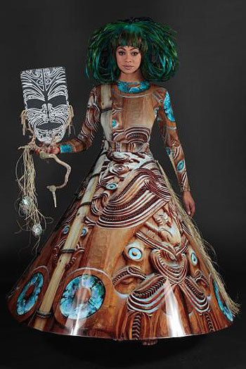 World of Wearable Arts 2012 - Marquise Rawahi, Beatrice Carlson, Auckland - Air New Zealand South Pacific Section winner