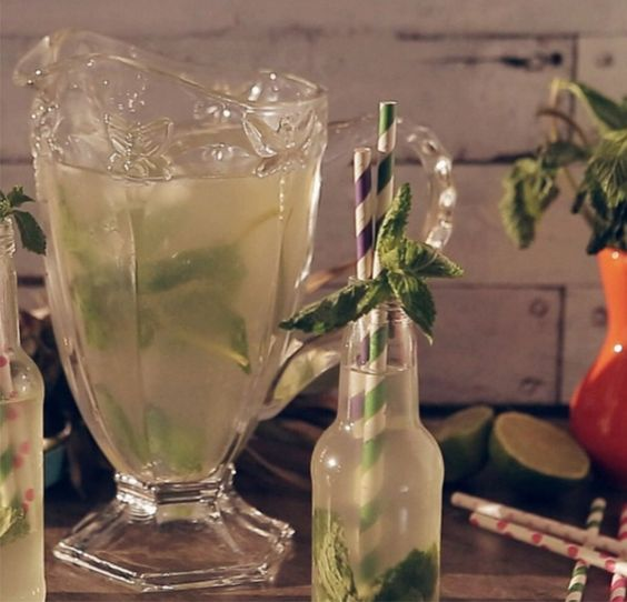 Chá gelado de Abacaxi com Hortelã! Nada mais refrescante!