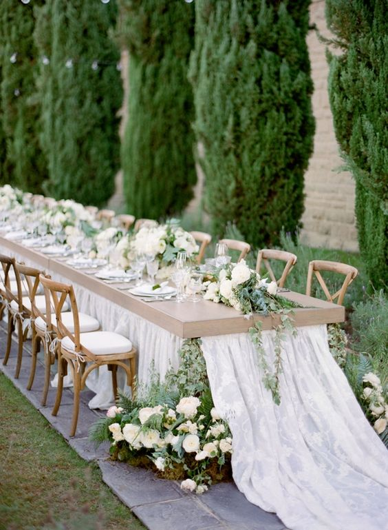 Jose Villa Photography | Planning & Design: Duet Weddings | Floral Design: Flowerwild | Venue: Greystone Mansion | Rentals: Town & Country Event Rentals
