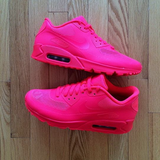 Nike Air Max Women Neon Pink