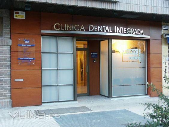 Fachada de cl nica dental en vitoria gasteiz alava - Clinica dental moderna ...