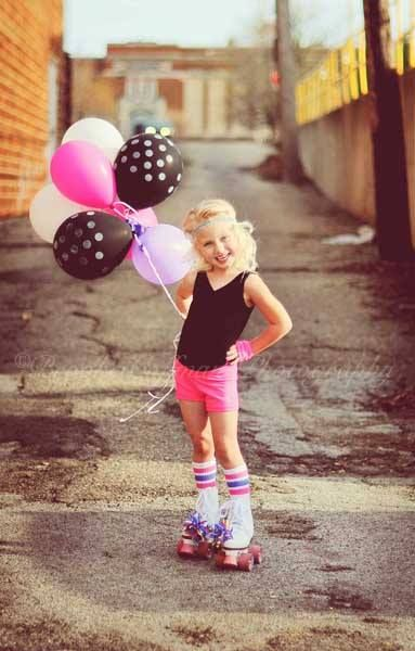 Blog — Color Inc Pro Lab © Brooke Coffman Photography, Cute girl outfit, roller skates and balloons, portrait of girl.