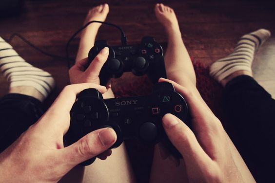 8 fun things to do at home with your BF